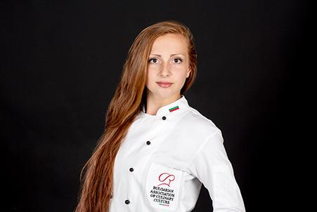 Ваня Найденова